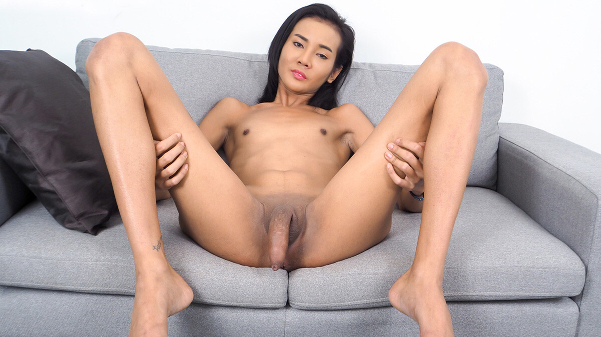 Bee's Sweet Cum!